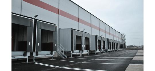 Försäljning av två större logistikfastigheter, med bland annat Axfood som hyresgäst, för klients räkning.