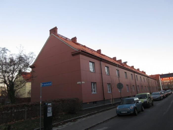 Byte av tak samt målning fasad.